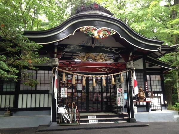 富士浅間神社と新屋山神社_1201[1]